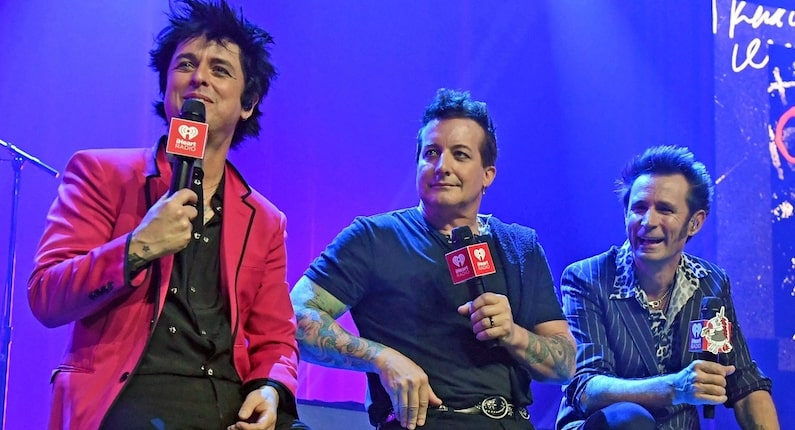 Green Day release Pollyanna single